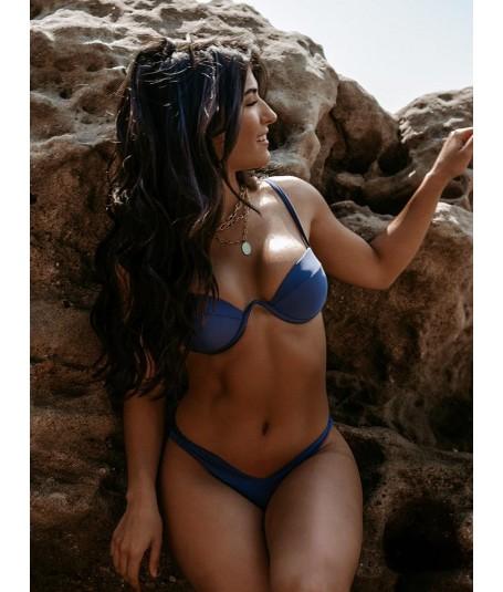 Bikini Maura