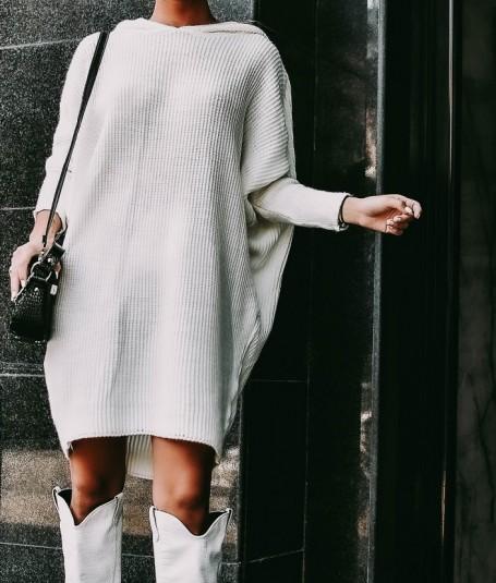 Vestido punto capucha